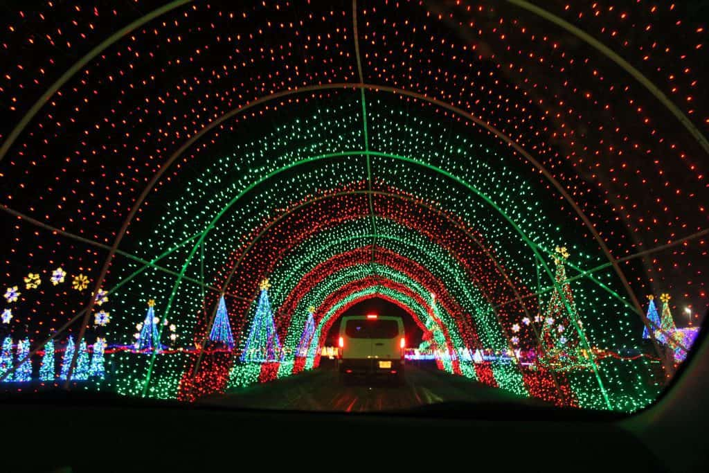 christmas in color in highland or kearns utah drive through a mile of christmas